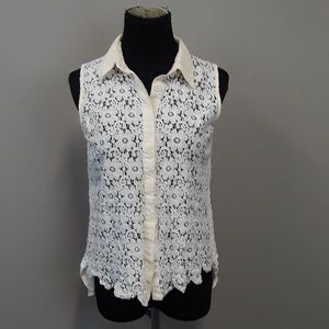 Blu Pepper Vintage White Open Floral Lace Top
